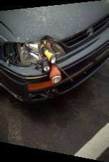 Schlaue Idee – blöde Umsetzung: Scheinwerfer mit Taschenlampen reparieren
