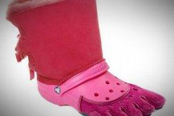 Crocs in knalligem Pink und mit außergewöhnlichem Zehenlook