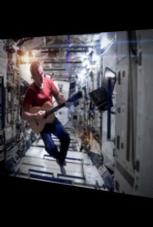 Astronaut dreht Musikvideo im Weltall