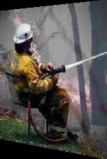 Dieser Feuerwehrmann hilft aus der Ferne