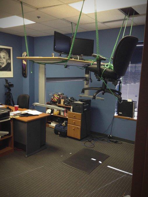 Hängendes Büro