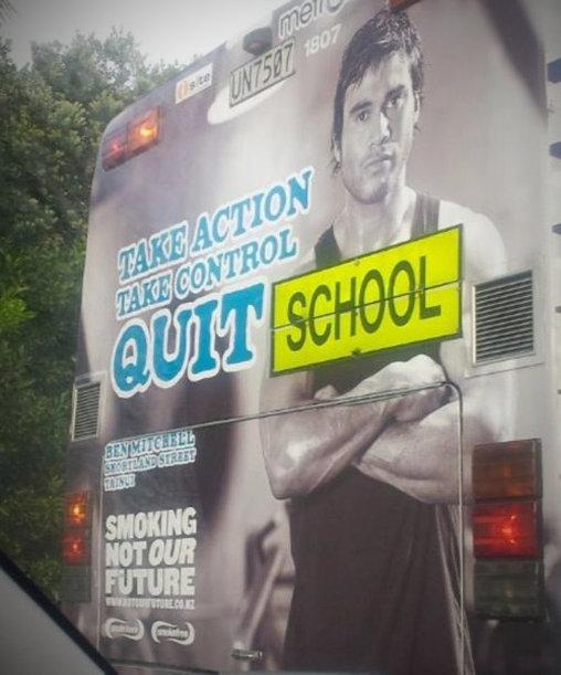 Eine Aufforderung, die Schule zu verlassen?