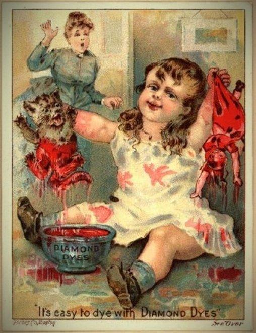 Verrücktes Kind mit Puppen