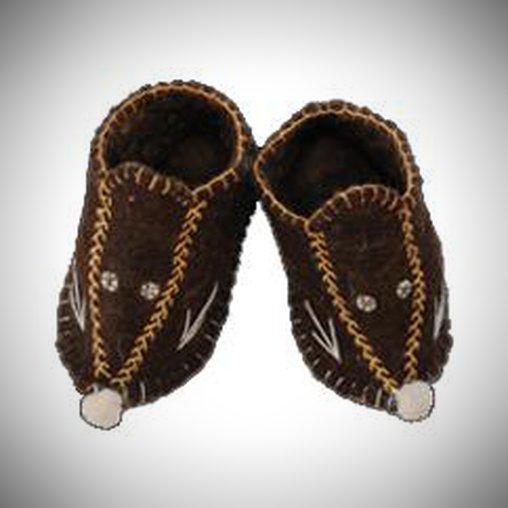 Ob diese Schuhe dem kleinen Träger wirklich gefallen, ist fraglich