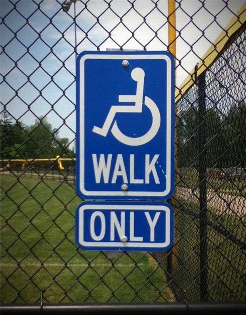 Na wenn da mal nicht der Behindertenverband auf die Barrikaden geht, äh rollt!