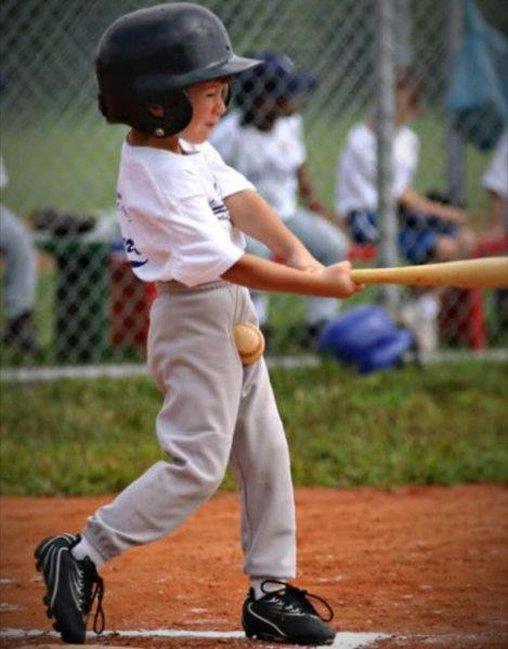 Baseball nicht getroffen – ab in die Eier