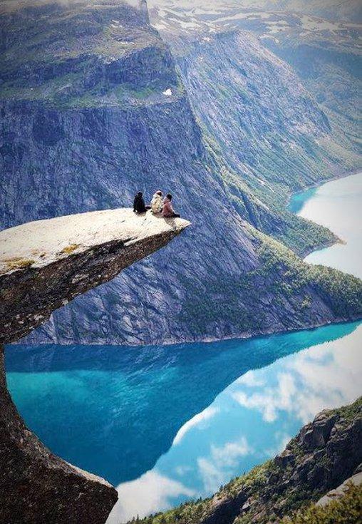 Schöne Aussicht am Fjord