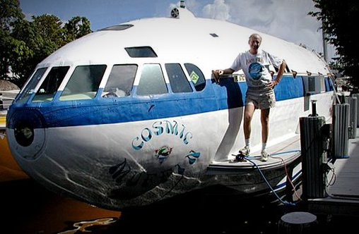 Flugzeug wird zum Haus umfunktioniert