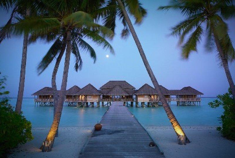 Das hotel auf dem meer wie tropisch for Design hotels am meer