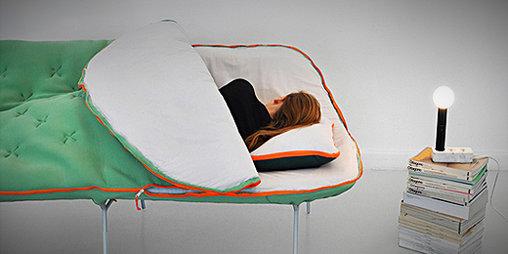 Sofa und Schlafsack in einem