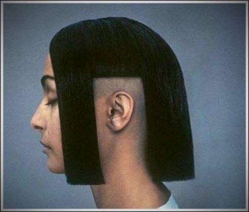Frisur mit Ohrausschnitt