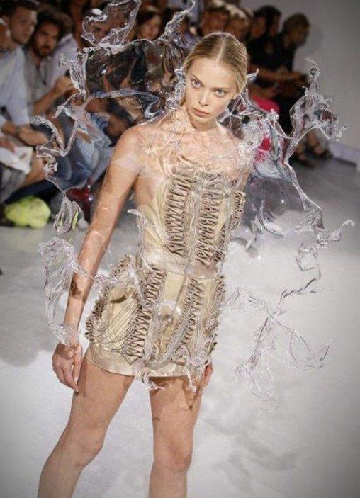 Ein echt feuchtes Kleid