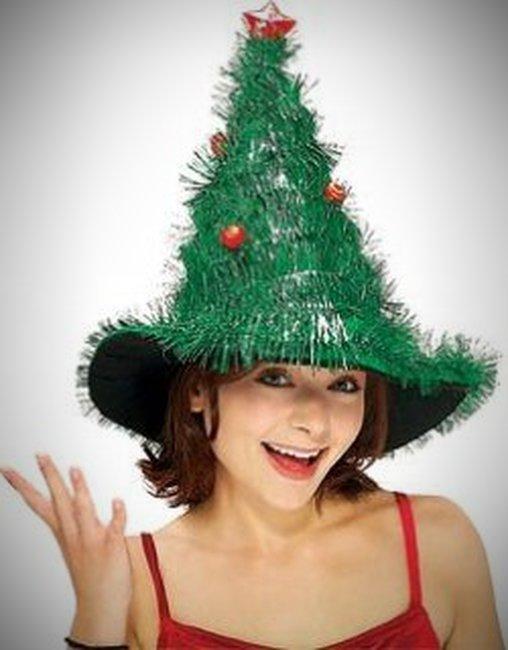 Ein weihnachtlicher Tannenhut.