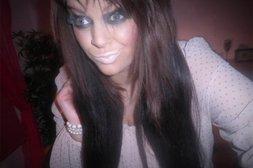 Frau mit Make-Up-Multi-Fail