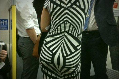 Sehr unvorteilhafte Linienführung bei Kleid