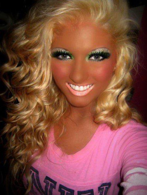 Mehr Make-Up geht nicht