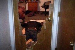 Mit dem Kopf durch die Tür