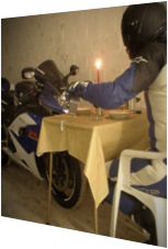 Candle Light Dinner mit dem Bike